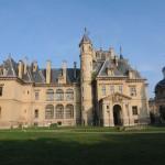 Tura: tündérmesébe illő kastély