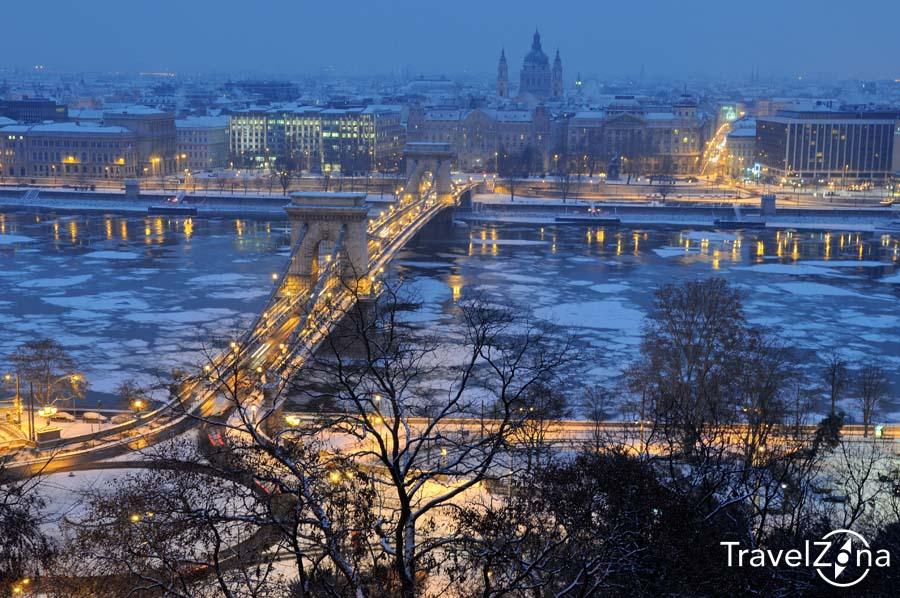 travelzona_Budapest_jegzajlas16