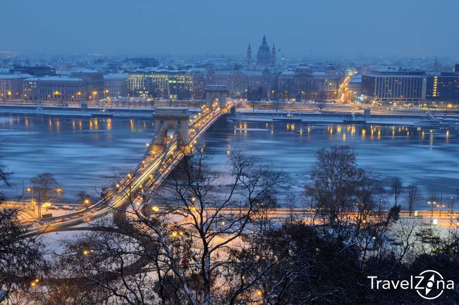 travelzona_Budapest_jegzajlas17