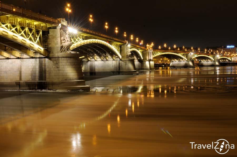 travelzona_Budapest_jegzajlas24