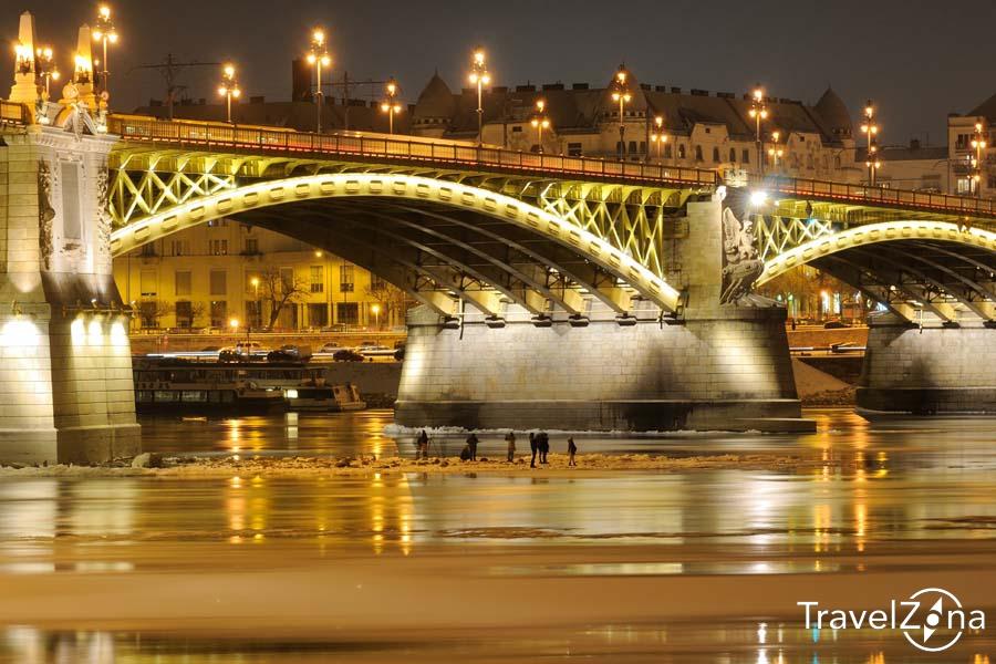 travelzona_Budapest_jegzajlas26