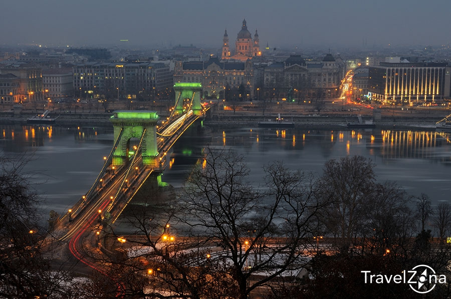 travelzona_Budapest_jegzajlas_013
