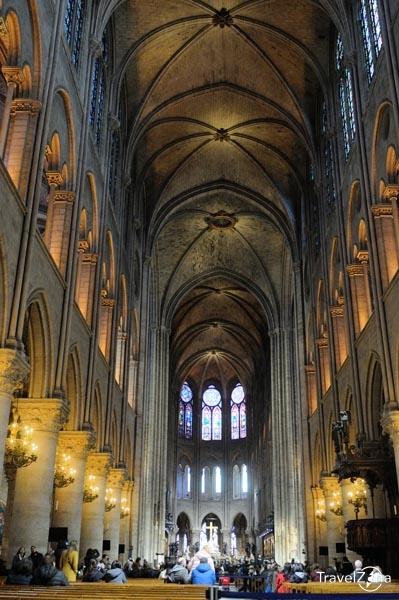 travelzona_Notre_Dame13