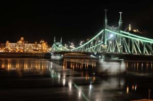 travelzona_Budapest_jegzajlas13