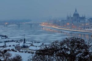 travelzona_Budapest_jegzajlas19