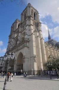 travelzona_Notre_Dame2